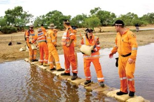 The-team-building-a-sand-bad-bridge-ses-hedland